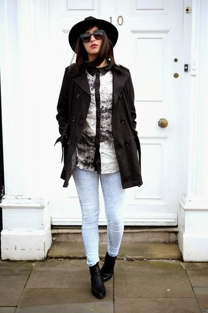 moon magik blogger shirt black coat acid wash jeans coat shoes