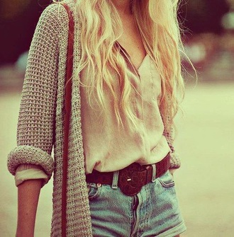 cardigan knit beige denim shorts top t-shirt white bag