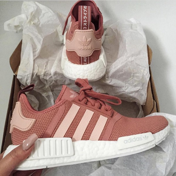 Shoes Adidas Low Top Sneakers Pink Sneakers Wheretoget