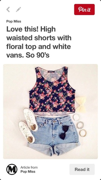top crop tops floral crop top high waisted shorts denim shorts hair bow shorts hair accessory shoes summer outfits