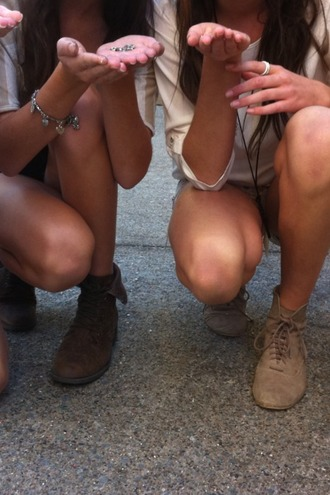 low boots beige shoes