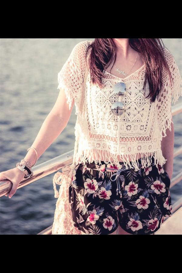blouse cream weheartit pinterest skin style beach fashion see through shorts top flowered shorts crop tops sunglasses