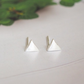 jewels summer summer handcraft triangle triangle earrings sterling silver sterling jewelry sterling silver earrings simple earrings gift ideas lovely gift girlfriend gift best gifts