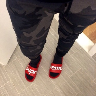 shoes supreme rouge red slide shoes