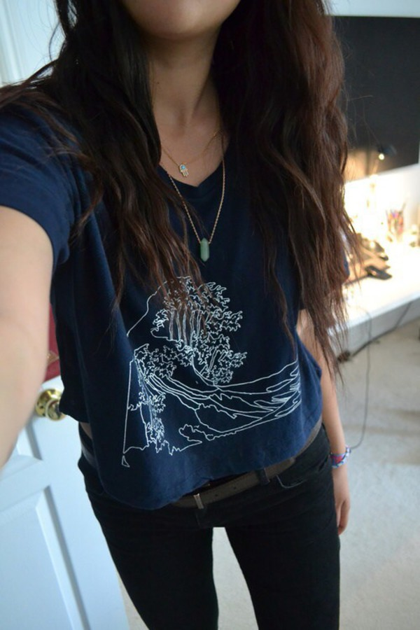 t-shirt top jeans necklace wave navy graphic tee graphic crop top jewels shirt waves graphic tee graphic tee graphic shirt graphic tee quote on it stone necklace casual on point clothing cute stylish style style trendy trendy trendy trendy fashion inspo fashion inspo outfit idea blogger blogger blogger blogger fashionista fashionista chill rad crop tops short sleeve blouse blue ocean sketch tumblr tumblr shirt