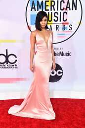 dress,American Music Awards,gown,prom dress,wedding dress,vanessa hudgens,celebrity style,red carpet dress