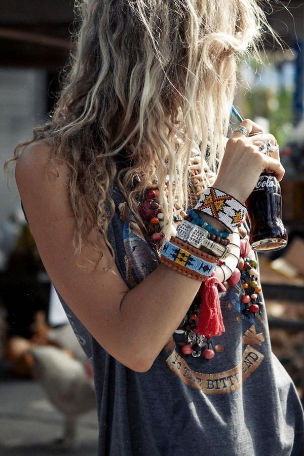 jewels nativeamerican bracelete bracelets jewelry armbling bling natural navajo apache comanche sioux indian hippie top grunge grey t-shirt vest vest top hipster ethnic hippie chic