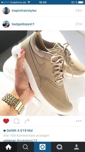 shoes,nike,nike sneakers,beige,sneakers,nike roshe run,beautiful,brown,nike shoes,nude,all nude everything