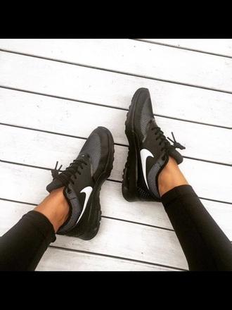 shoes nike nike running shoes black nike
