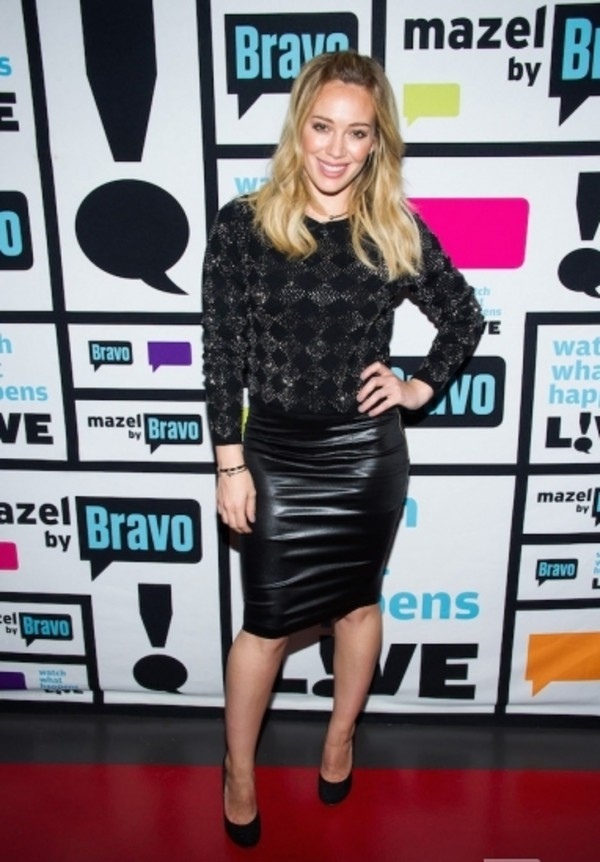 sweater hilary duff skirt fall outfits