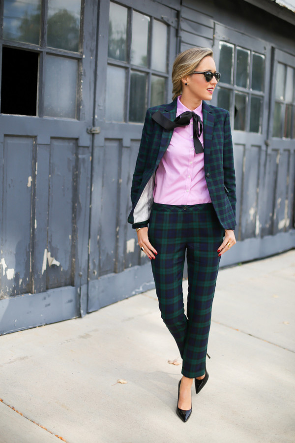 the classy cubicle blogger jacket sunglasses jewels forest green pink shirt working girl tailoring preppy