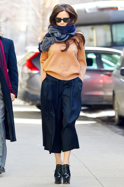 sweater scarf wide-leg pants cropped pants victoria beckham