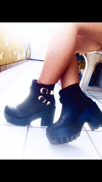 boots grunge shoes drmartens girly hipster vintage alternative ankle boots black boots leather boots grunge high heels chunky heels grunge girl grunge boots grunge kylie jenner indie vintage boots soft grunge style punk vagabonds dioon