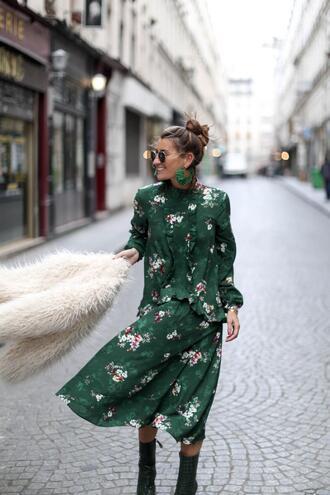 b a r t a b a c blogger dress coat shoes jewels sunglasses green dress spring outfits floral dress