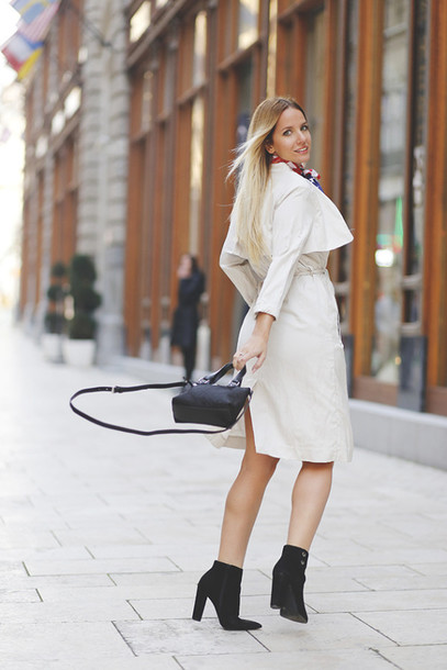 the sense blogger trench coat black boots coat dress bag