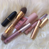 make-up,pink,black,cosmetics,lipstick,mac cosmetics,gold,face makeup