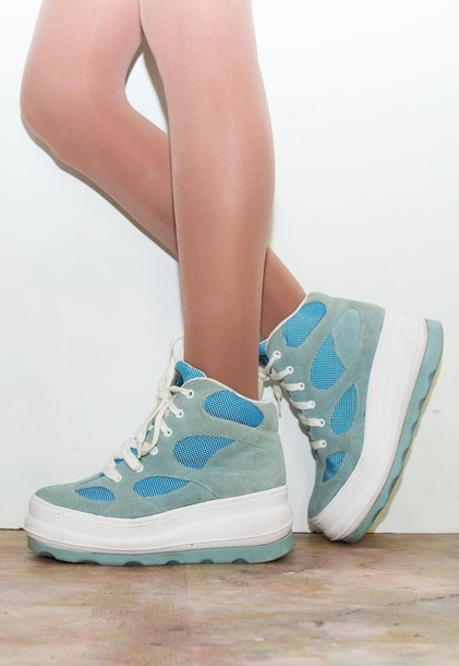 shoes platform shoes sneakers chunky 90s style suede sneakers trainers high top sneakers high top nikes