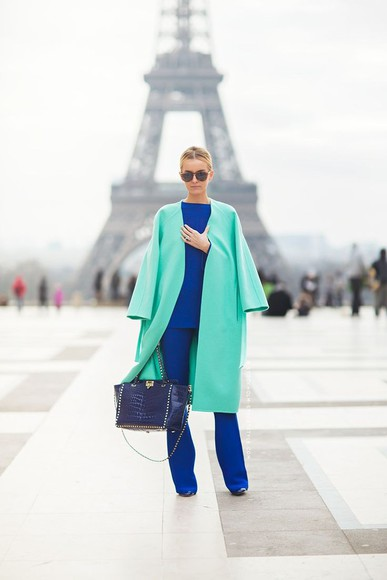 green coat manteau paris pastel blue parisienne tour effel