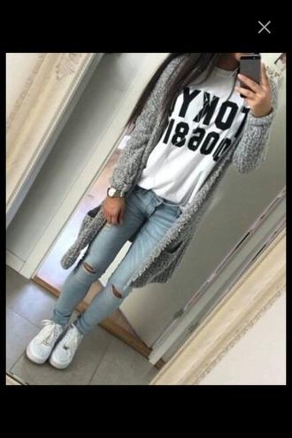 cardigan vans jeans denim light jeans ripped jeans white t-shirt oversized oversized shirt long cardigan grey cardigan outfit shirt