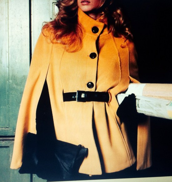 yellow trench coat coat beutiful iloveit thats chic elegant