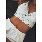 top,crochet,bralette,fashion,white,beautiful,instagram,beach,casusal,tie-string crochet bralette top