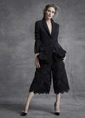 wide-leg pants,olivia palermo,black,lace,culottes,black culottes
