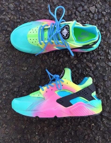 shoes nike bright dip dye huarache multicolor multicolor sneakers colorful  nikes nike sneakers nike rainbow socks 07e661d57