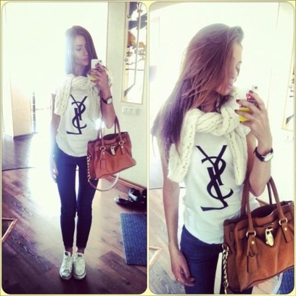 t-shirt bag jeans blouse