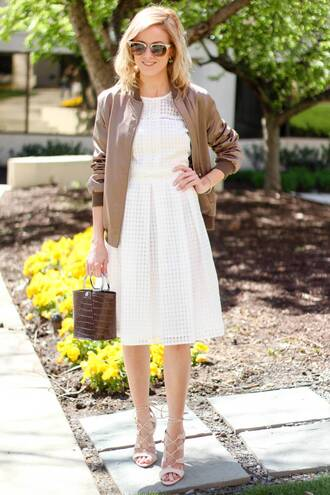 kim tuttle the knotted chain - a style blog by kim tuttle blogger dress jacket shoes bag sunglasses