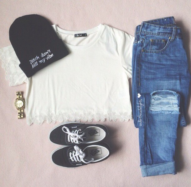 top white white shirt hat t-shirt jeans
