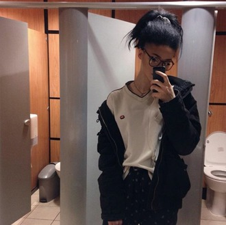 sweater sweat sweat-shirt sweatshirt fila tommy hilfiger pull fila sweater tommy hilfiger sweater beige cream cream sweater beige sweater vintage vintage sweater vintage fila vintage tommy hilfiger vintage pullover pullover tumblr cyber ghetto tumblr outfit tumblr girl