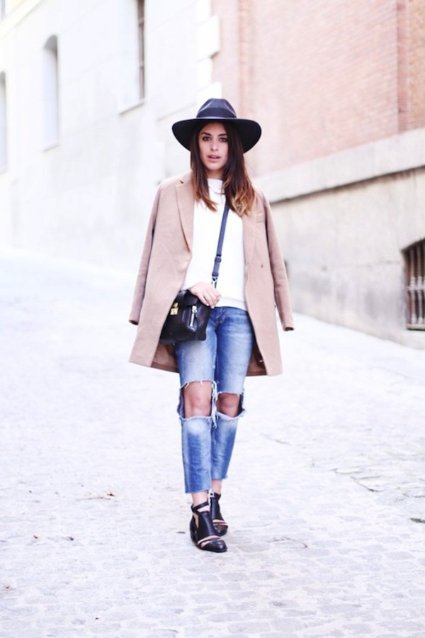 le fashion image hat coat sweater bag jeans