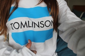 shirt louis tomlinson blouse sweater one direction blue skirt white jumper toms jacket toms flag one for one freshtops tumblr girl tumblr tumblr clothes blue t-shirt white t-shirt