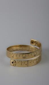 bracelets,gold,jewels