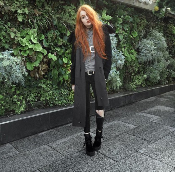 Coat Grey White Boots Fashion Style Choker Necklace Outfit
