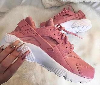 shoes dusty pink dusty pink huarache custom nike nike shoes nike air air huaraches pink and white 90s style nike huarache pink sportswear workout love
