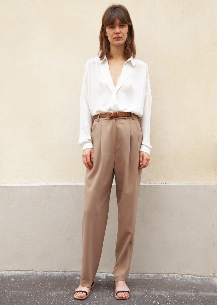 Bea Pleated Suit Pants in Latte