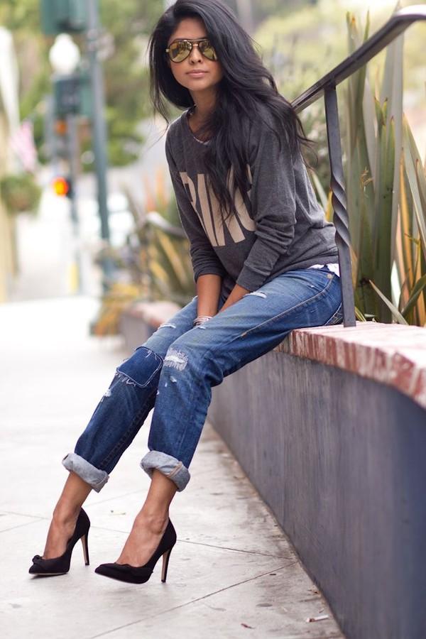 t-shirt black high heels jeans sunglasses blouse
