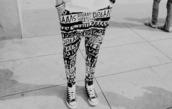 pants,printed pants,baggy pants