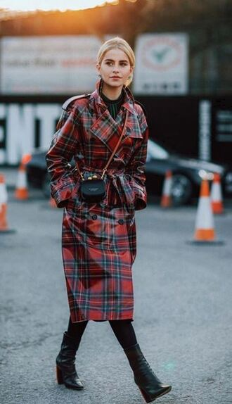 coat trench coat burberry plaid streetstyle blogger fashion week london fashion week 2018