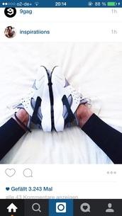 shoes,nike,white,grey,black,sporty