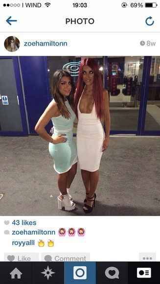 fashion sexy party party dress white dress bodycon dress straight hair girly v plunge open dress tanned girl burgundy black heels slim dress tight dress