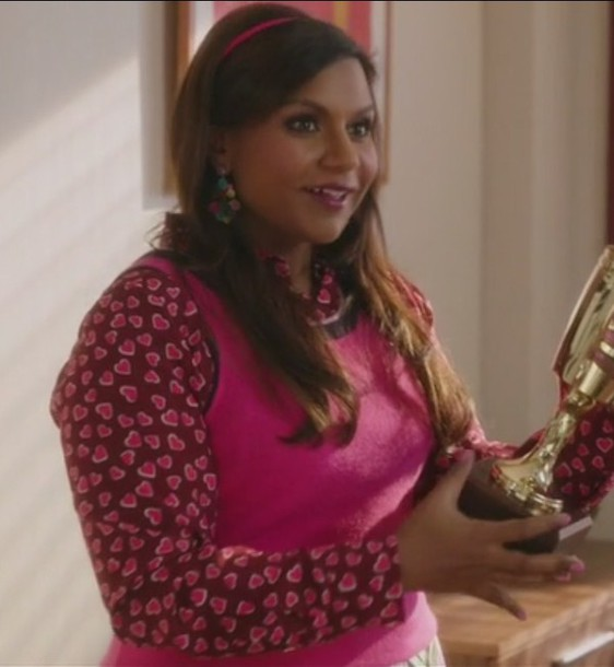 shirt silk mindy kaling mindy lahiri the mindy project pink skirt