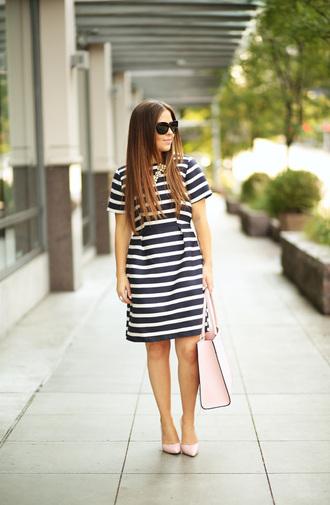 dress corilynn blogger dress bag shoes jewels sunglasses classy