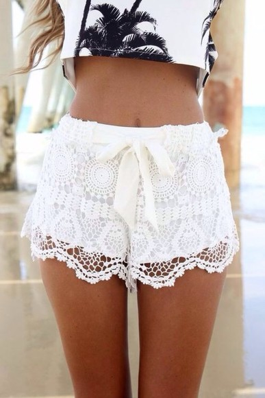shorts lace white ribbon crop tops summer crochet palm trees bow tan shirt white lace shorts teen, shorts, lace, white, crop top tumblr cute high waisted short white bow shorts