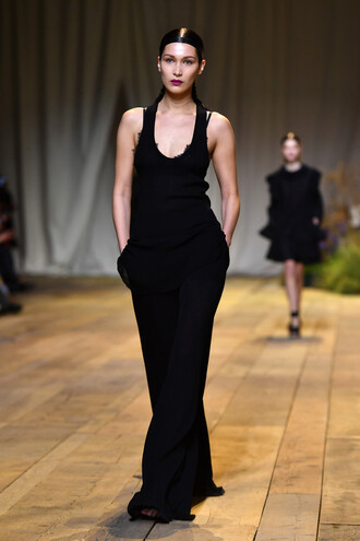 pants all black everything top tank top model runway paris fashion week 2017 fashion week 2017 h and m h&m bella hadid