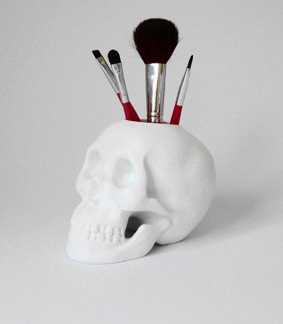 Skull brush holder, black skull, makeup brush holder, skull sculpture, skull decor, skull, gift for him, gothic, gift for her, human skull,