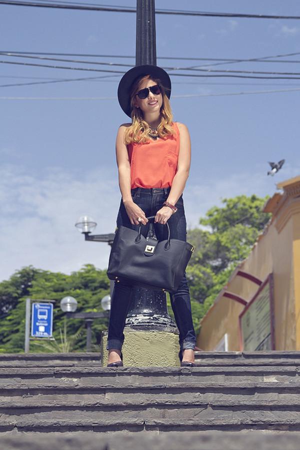 the art sartorialist jeans t-shirt hat jewels sunglasses shoes bag