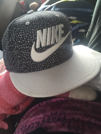 hat nike white black black hat nike hat