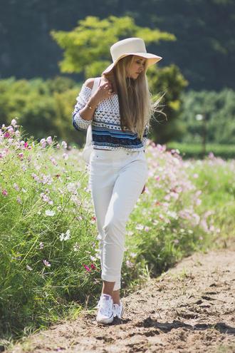 my blonde gal blogger jewels hat boho shirt